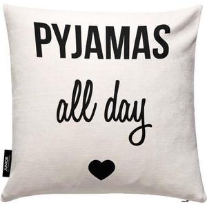 Pyjamas all day JUNIQE Kissenhülle