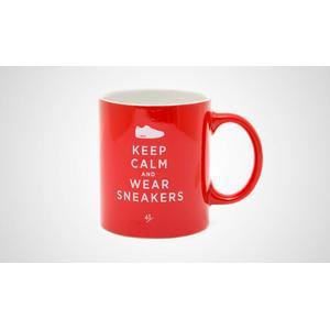43einhalb Keep Calm and Wear Sneakers Tasse Mug Sneaker