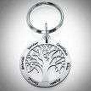 Baum-des-Lebens Anhaenger mit Gravur