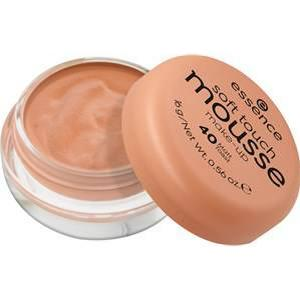 Essence Teint Make-up Soft Touch Mousse Make-up Nr. 56 Matte Hazenut 16 g