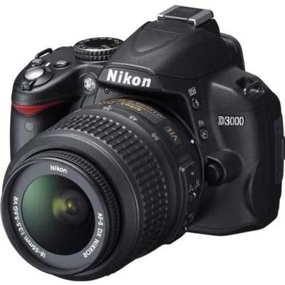 Nikon D3000 + 18-55mm VR