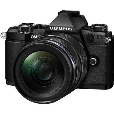 Olympus E-M5 Mark II + 12-40mm
