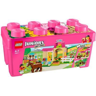 Lego Juniors Pony Farm 10674