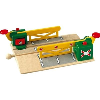 Brio Magnetic Action Crossing 33750
