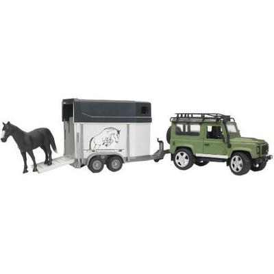 Bruder Land Rover Defender With Horse Trailer 02592