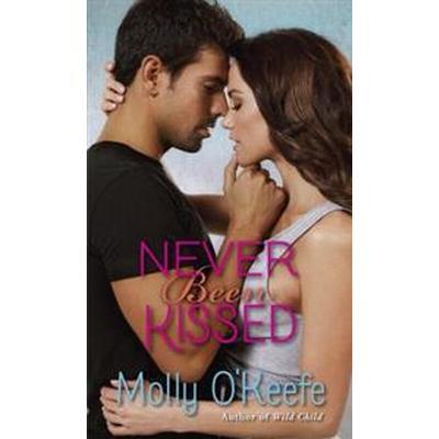 Never Been Kissed (Häftad, 2014)