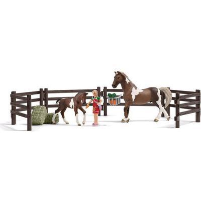 Schleich Horse Feeding Playset 21049