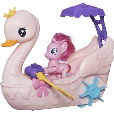 Hasbro Pinkie Pie Row & Ride Swan