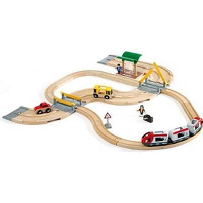 Brio Rail & Road Travel Set 33209