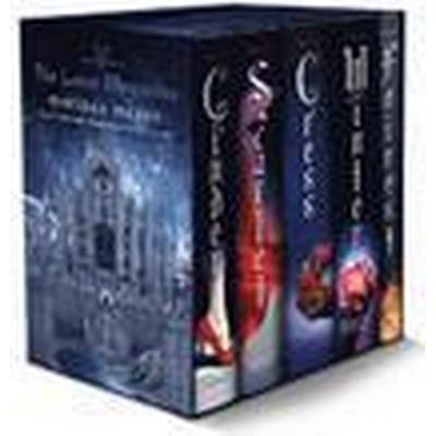 The Lunar Chronicles Boxed Set: Cinder, Scarlet, Cress, Fairest, Winter (Inbunden, 2016)