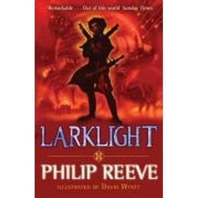 Larklight (Häftad, 2009)