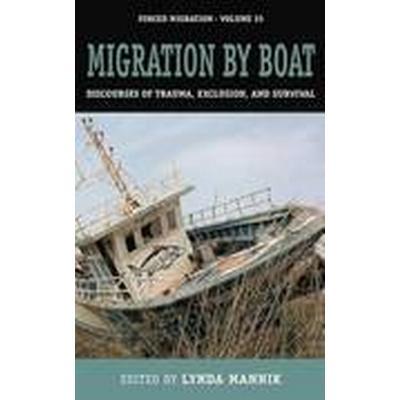 Migration by Boat (Inbunden, 2016)