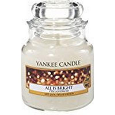 Yankee Candle All is Bright 104g Doftljus