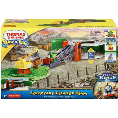 Fisher Price Thomas & Friends Take n Play Scrapyard Cleanup Team