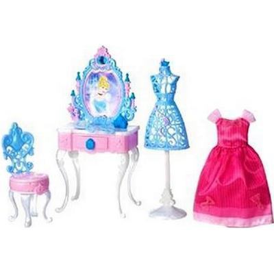 Hasbro Disney Princess Cinderella's Enchanted Vanity Set B5311