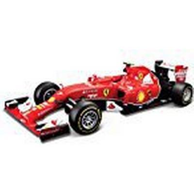 Tobar Bburago Ferrari F1 SF-15T S. Vettel 1:43 (Assorted Models)