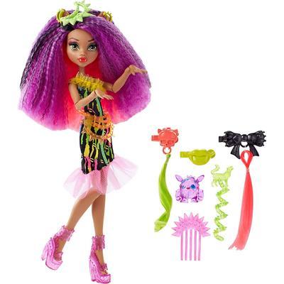 Mattel Monster High Electrified Monstrous Hair Ghouls Clawdeen Wolf Doll