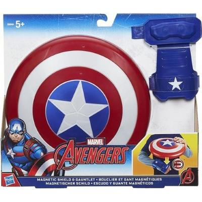 Hasbro Marvel Captain America Magnetic Shield & Gauntlet B9944