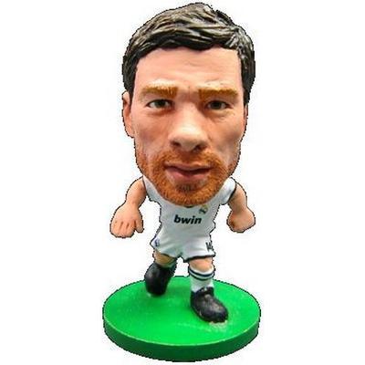 Soccerstarz Real Madrid Xabi Alonso Home Kit 2014 Version