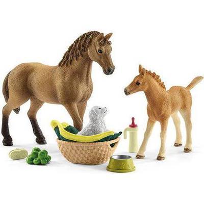 Schleich Horse Club Sarah's Baby Animal Care 42432