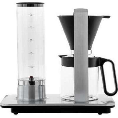 Vattenbehållaren på Wilfa Svart Presisjon har nivåangivelser i deciliter  vatten och gram kaffe 2e0cd1ea1bea6