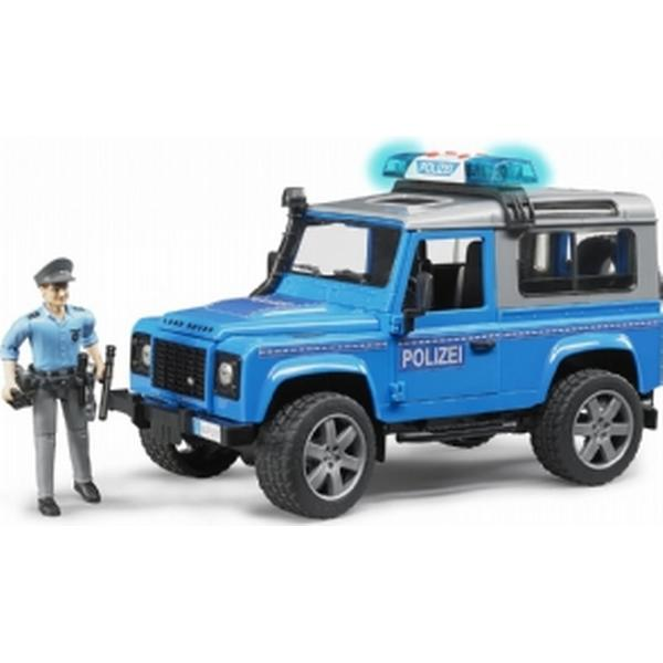 Bruder Land Rover Defender Station Wagon Police Vehicle 02597