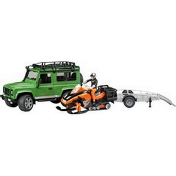 Bruder Land Rover Defender Station Wagon Og Snescooter 02594