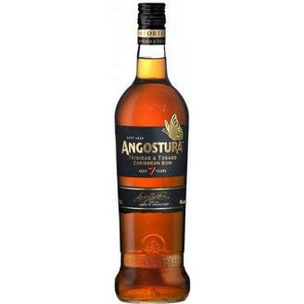 Angostura 7 YO Old Dark 40% 70 cl