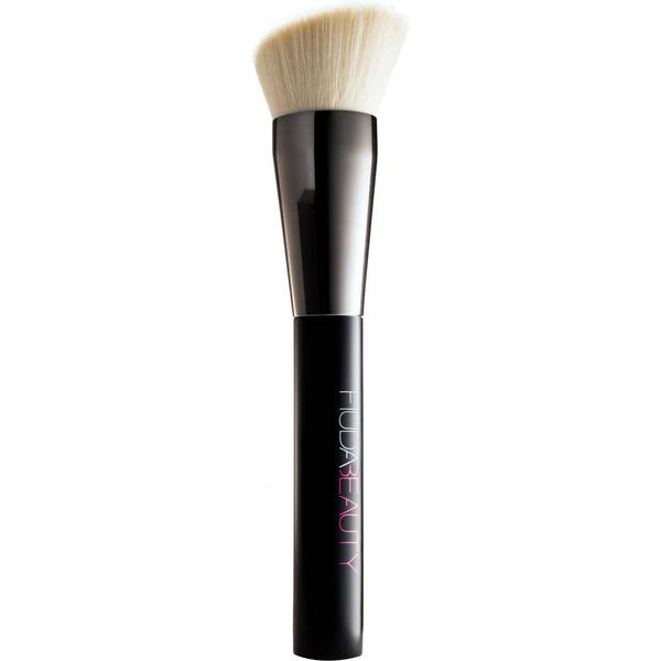 Huda Beauty Face Buff & Blend Brush