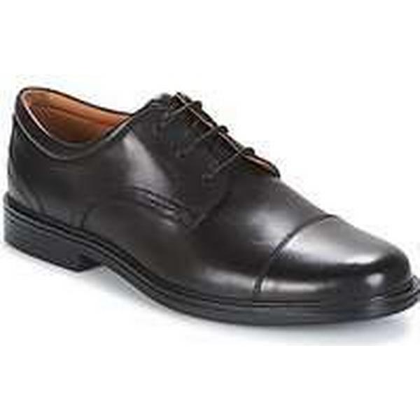 Spartoo.co.uk Clarks Casual UN ALDRIC CAP men's Casual Clarks Shoes in Black dd0ded