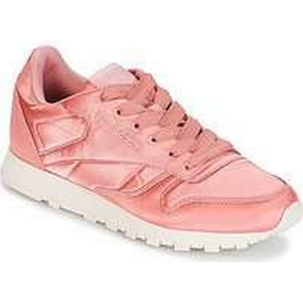 Spartoo.co.uk Reebok Classic CLASSIC Shoes LEATHER SATIN women's Shoes CLASSIC (Trainers) in Pink fab6e6
