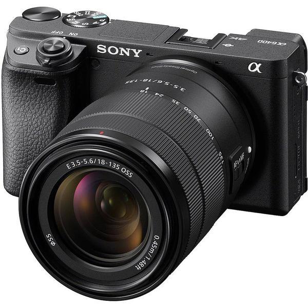 Sony Alpha 6400 + 18-135mm OSS