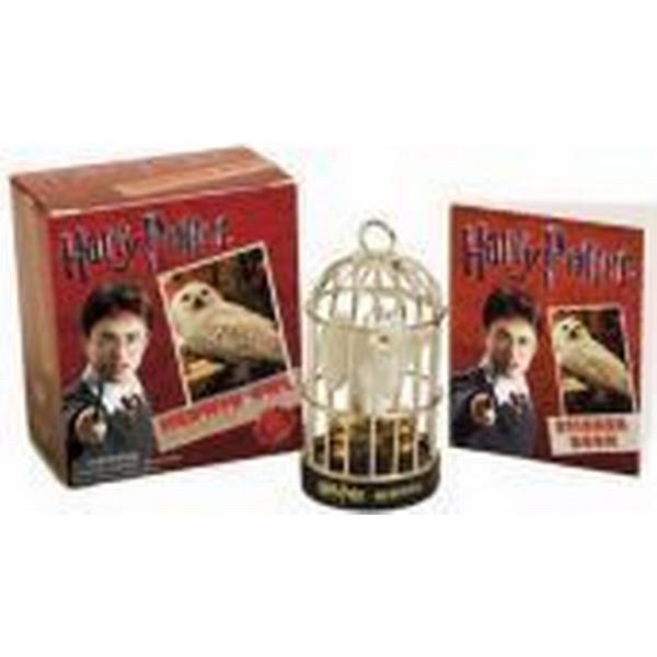 Harry Potter Hedwig Owl and Sticker Book (Inbunden, 2010)